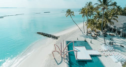 Fotobanka sbezplatnými fotkami na tému maldivy luxury resort