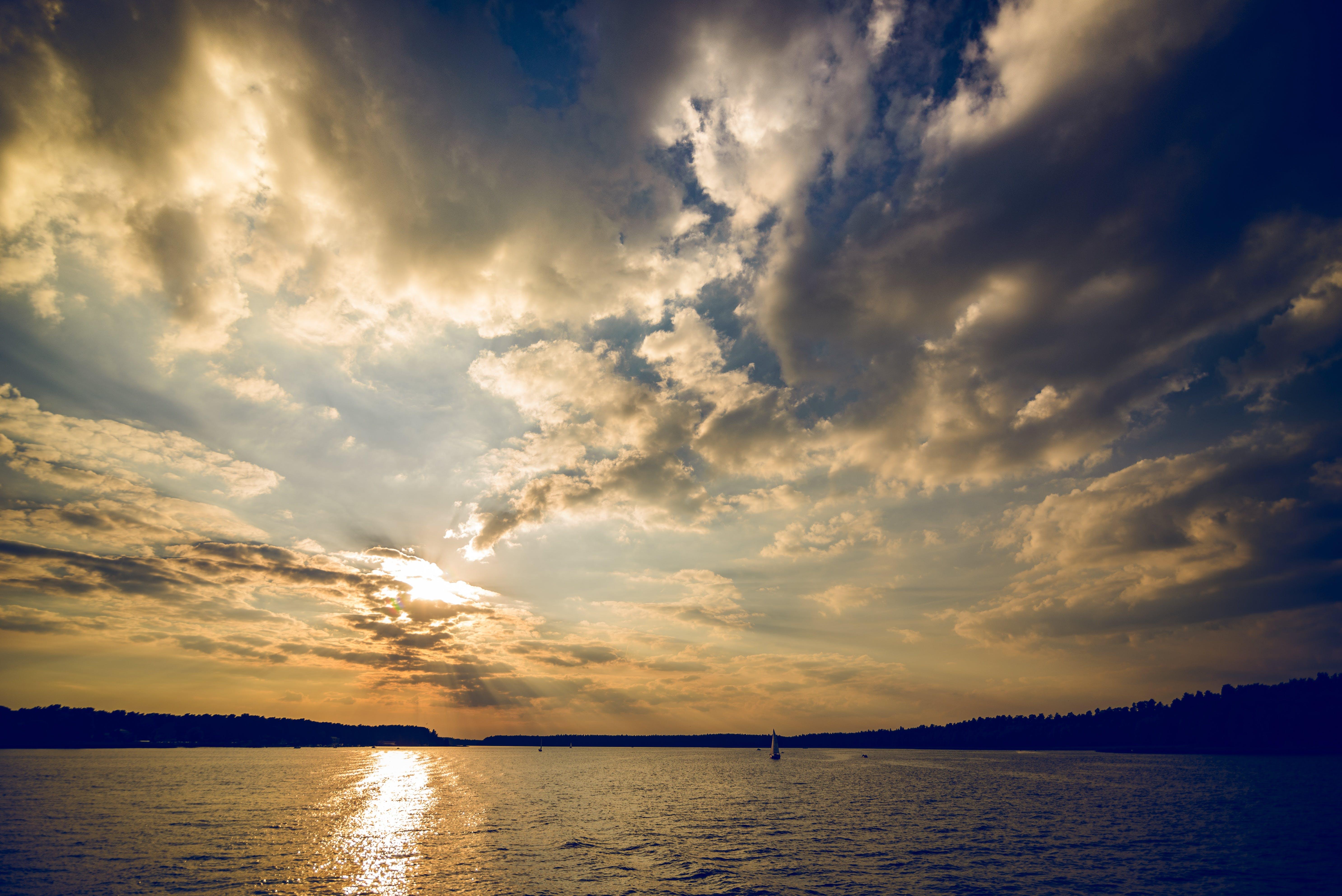 Fotos de stock gratuitas de agua, amanecer, azul, cielo