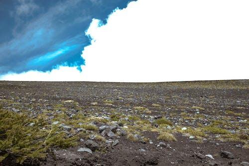 Бесплатное стоковое фото с горы, облака, пейзаж