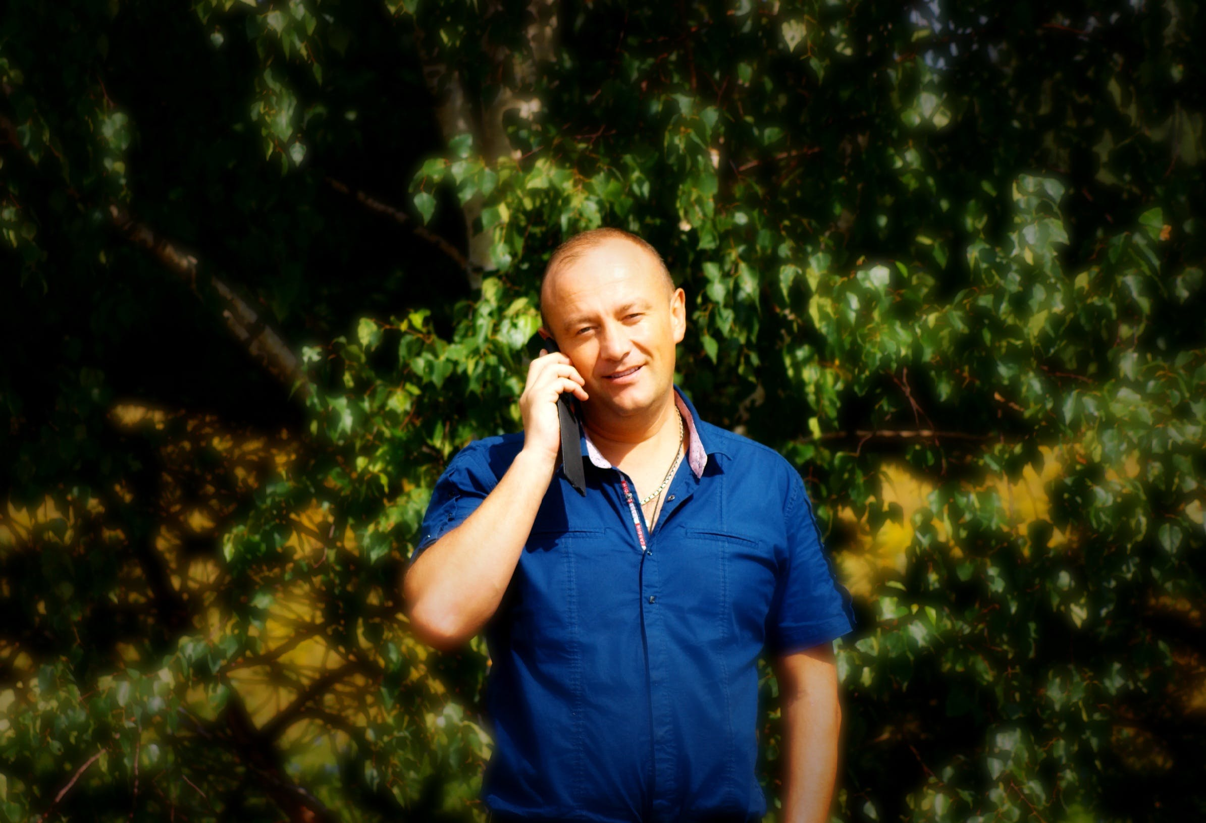 Free stock photo of nature, man, phone, talking