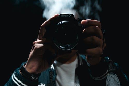 Foto profissional grátis de cânone, equipamento fotográfico, foto noturna, fotografia criativa