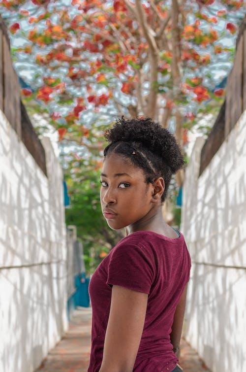 アフリカ系アメリカ人女性, 人, 可愛い, 女性の無料の写真素材