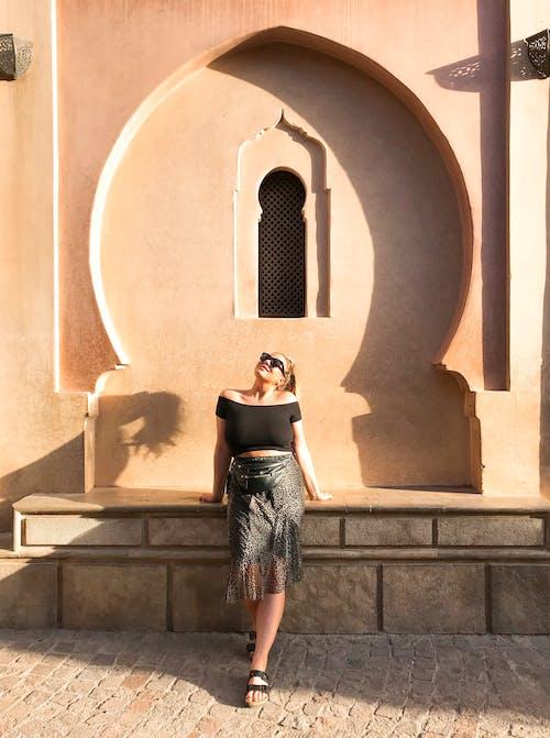 Безкоштовне стокове фото на тему «дама, Денне світло, денний час, жінка»
