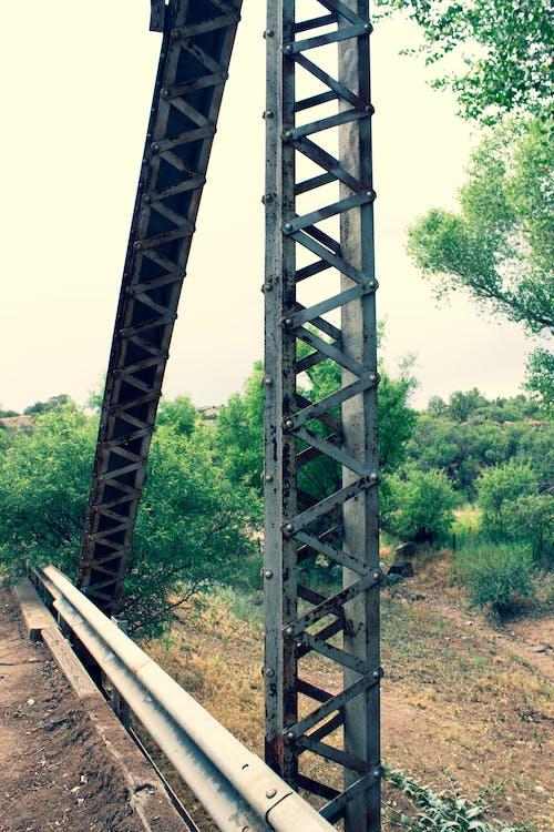 çelik köprü, köprü içeren Ücretsiz stok fotoğraf