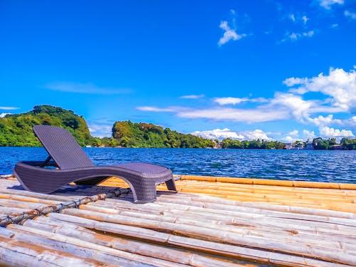 Fotobanka sbezplatnými fotkami na tému Kráterové jazero, modrá obloha, na brehu jazera, oblak lesa