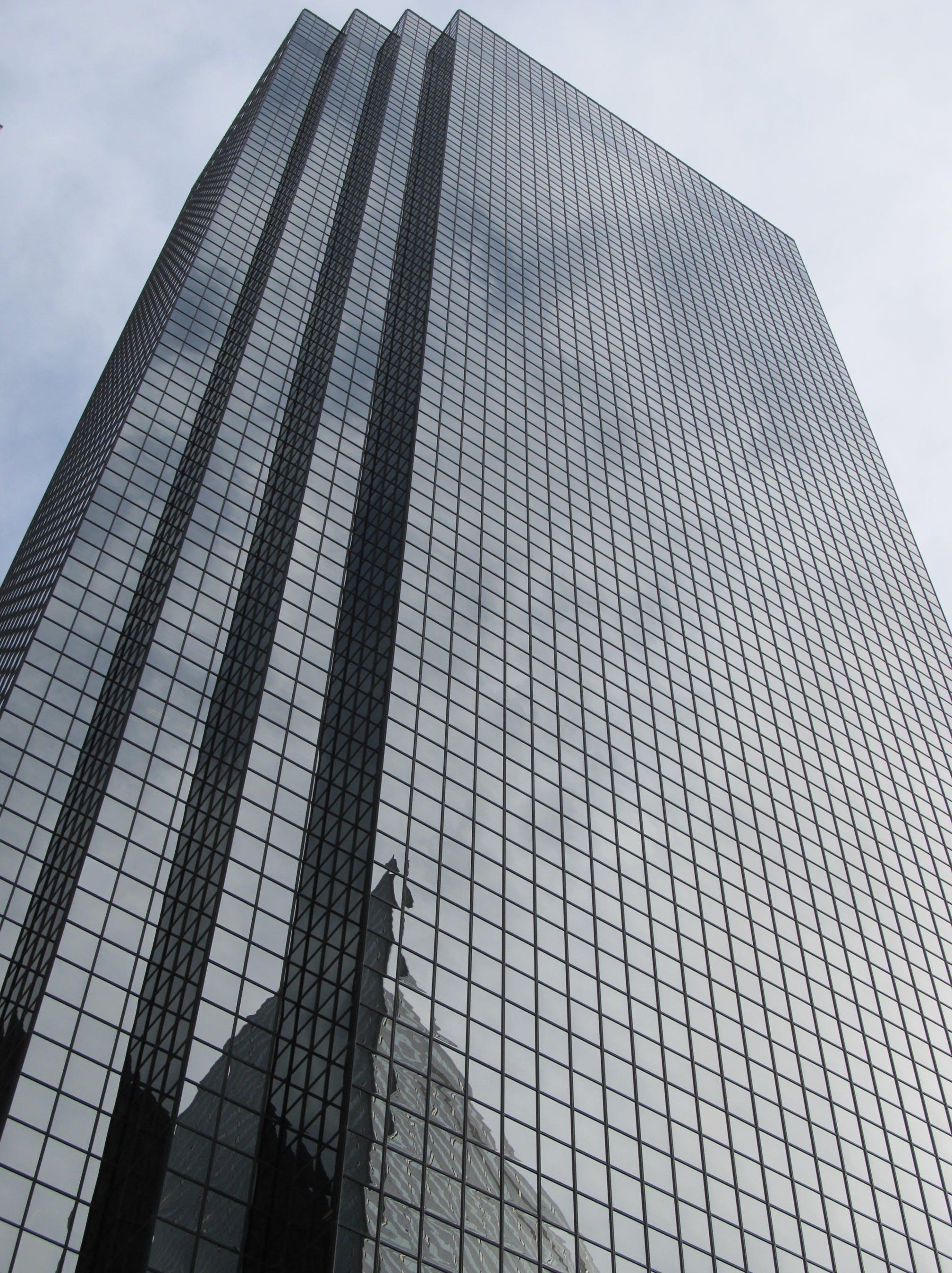 Kostenloses Stock Foto zu architektur, aufnahme von unten, glas, hochhaus