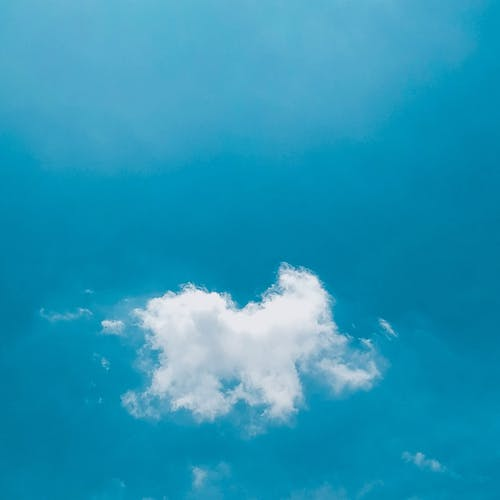 Základová fotografie zdarma na téma bílé mraky, den, modrá, modrá obloha