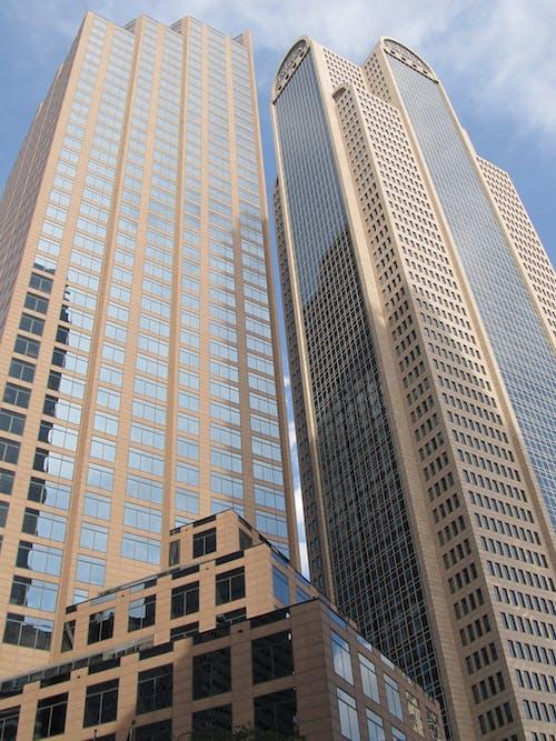 Безкоштовне стокове фото на тему «архітектура, багатоповерховий, будівлі, висотний»