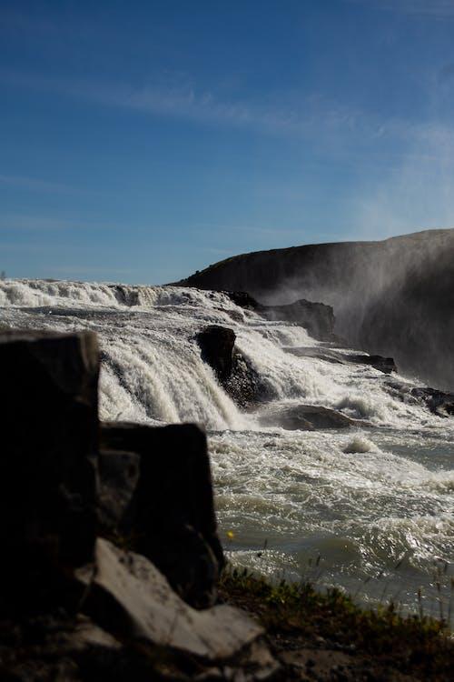 Foto d'estoc gratuïta de aigua blava, cascada, cascades, cel blau
