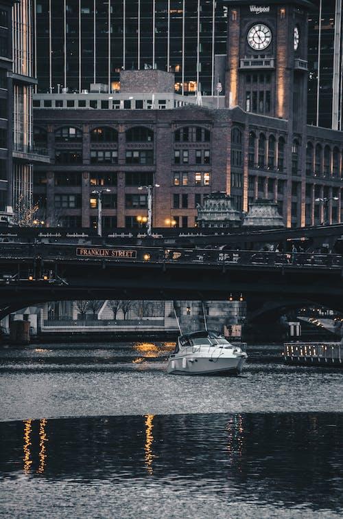 Gratis stockfoto met avond, boot, brug, chicago