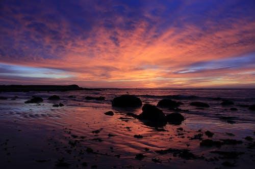açık, akşam, bulutlar, deniz içeren Ücretsiz stok fotoğraf