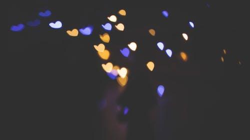 Foto profissional grátis de abstrair, azul, bokeh, coração em forma