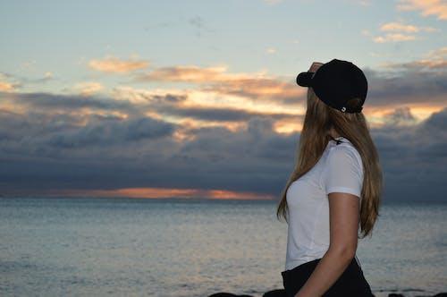 Ảnh lưu trữ miễn phí về bãi biển, bãi biển hoàng hôn, bầu trời màu hồng, biển