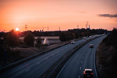 オレンジ, 日没, 美しい夕日, 車の無料の写真素材