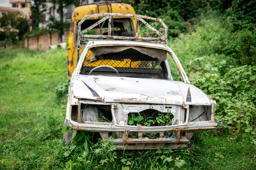 Free stock photo of abandoned, abandoned car, abandoned vehicle, broken car