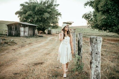 ドレス, ファッション, フェンス, モデルの無料の写真素材