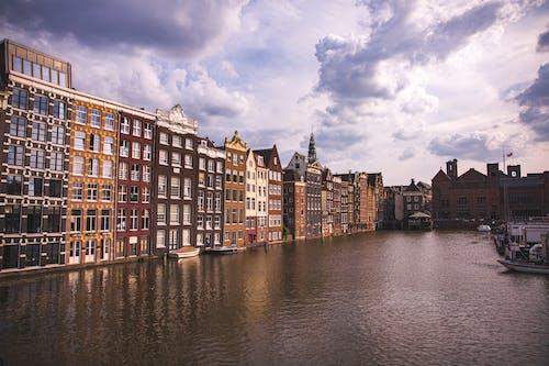 Ingyenes stockfotó ablakok, csatorna, csónakok, ég témában