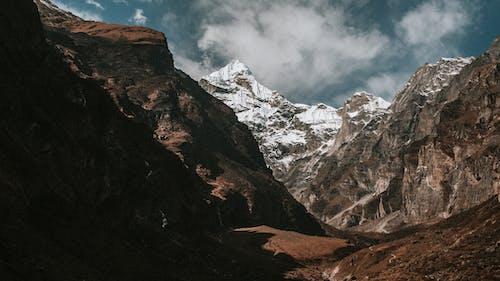 Gratis stockfoto met berg, buiten, landschap, mooi uitzicht