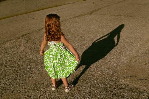 Ingyenes stockfotó johan bos lány zöld ruha árnyéka témában