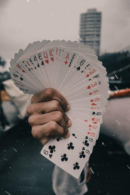 # 50mm, #ace, #canon, #cards içeren Ücretsiz stok fotoğraf