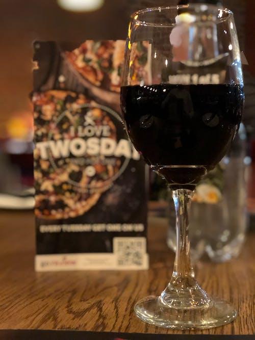 紅酒, 紅酒杯, 餐廳 的 免费素材照片