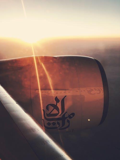 航空公司, 阿联酋, 雲, 飛行 的 免费素材照片