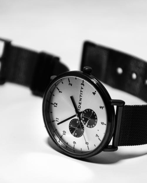 Photos gratuites de montre, temps libre