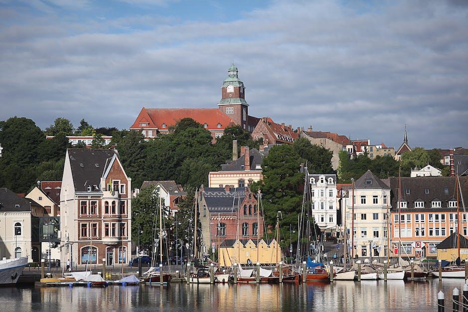 New free stock photo of city, sky, houses