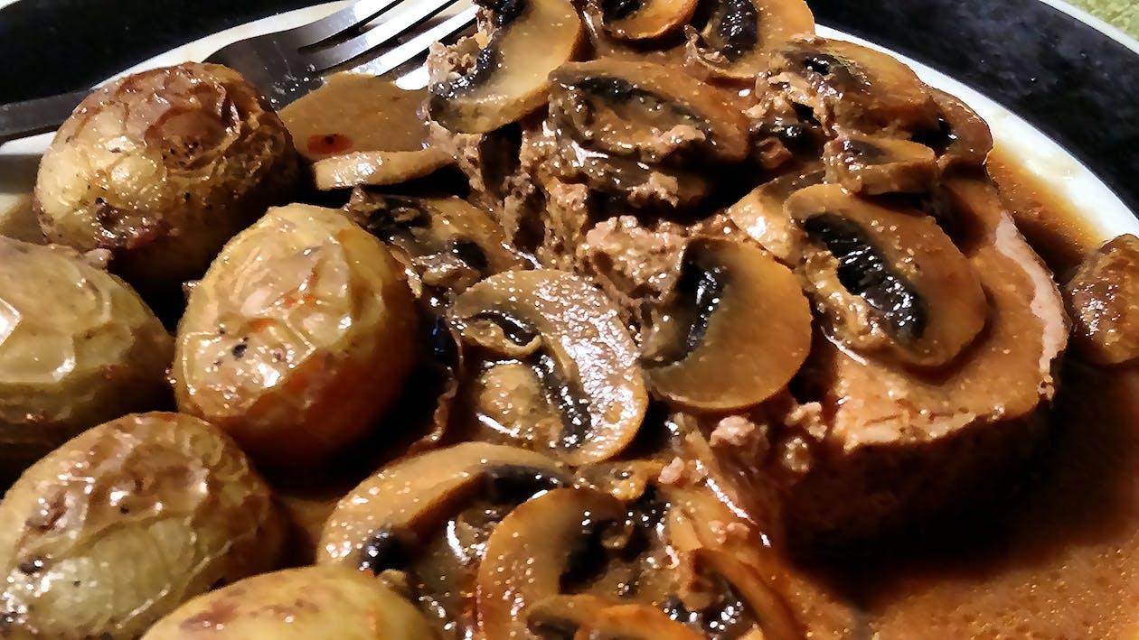 aardappelen, champignons, eten