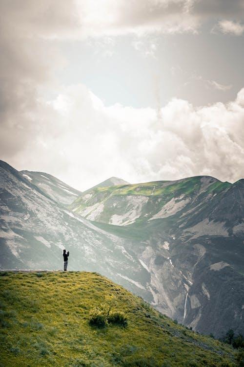 άνθρωπος, άτομο, βουνά
