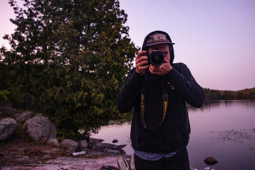 Gratis lagerfoto af kamera, mand, person, tage fotos