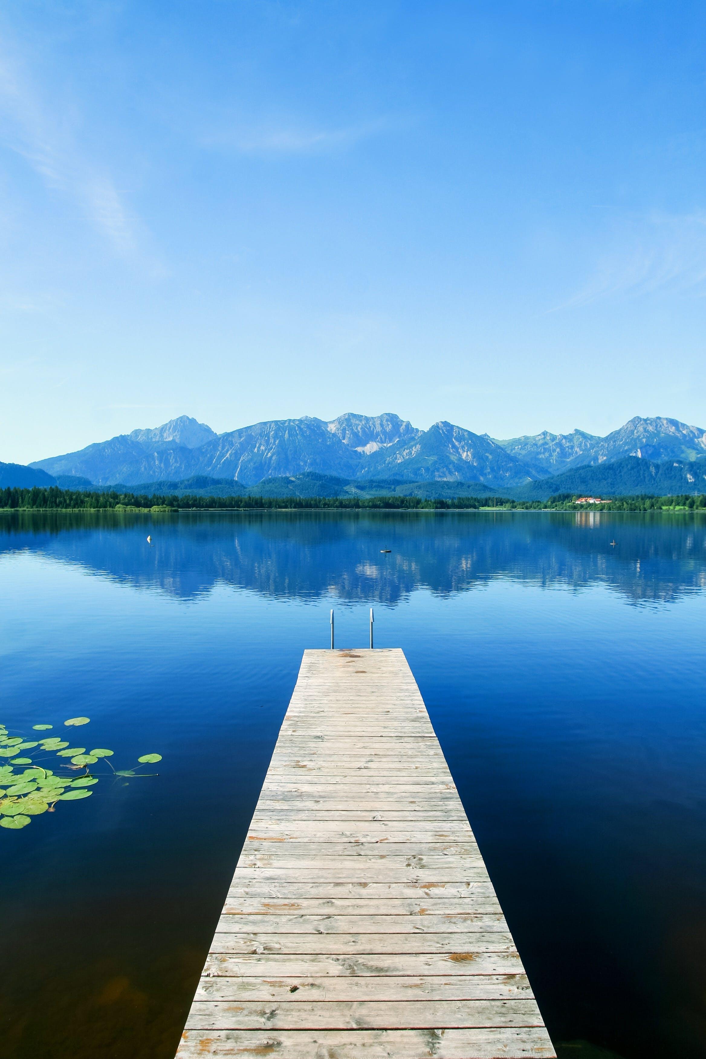Kostenloses Stock Foto zu anlegesteg, berge, freizeit, landschaftlich