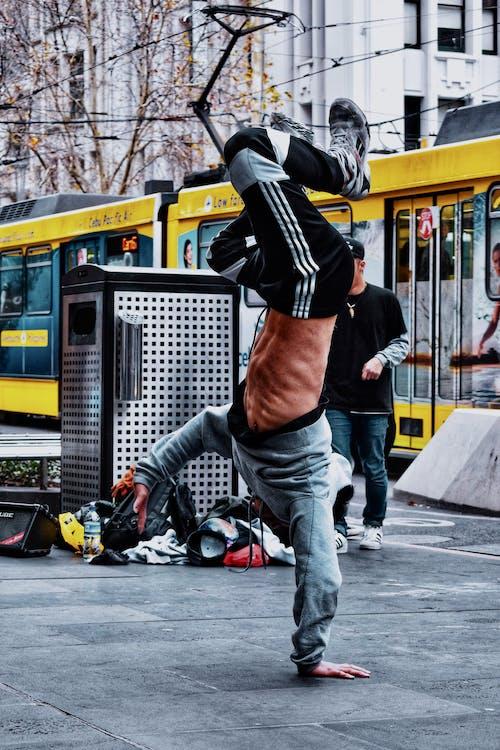 거리에서 힙합의 무료 스톡 사진