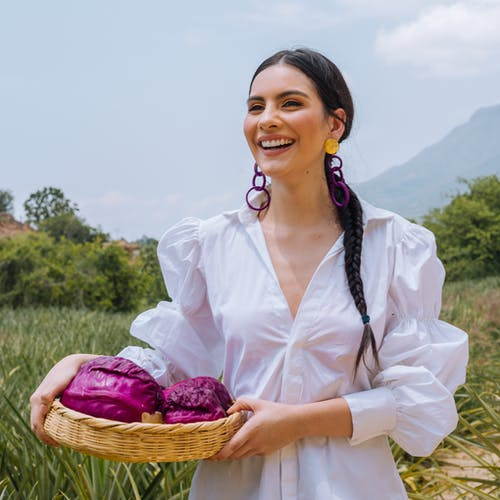 Fotobanka sbezplatnými fotkami na tému hora, krásna žena, prírodné potraviny, prírodný
