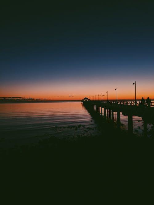 Gratis lagerfoto af aften, anløbsbro, badebro, bro