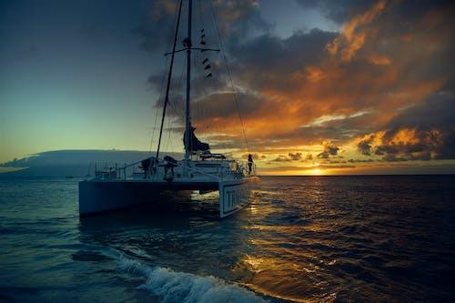gece, gemi, gün, güzel gün batımı içeren Ücretsiz stok fotoğraf