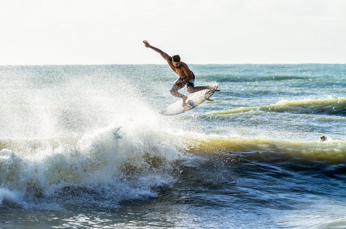 action energi, bevegelse, brytende bølger