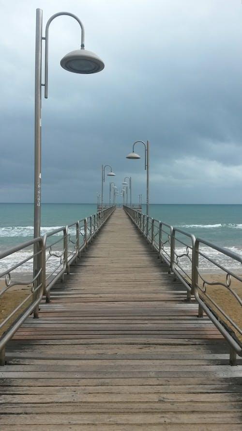 Kostenloses Stock Foto zu anlegesteg, meer, meeresküste, ozean