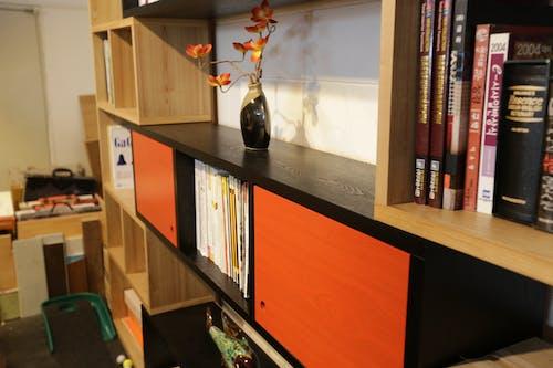Foto profissional grátis de armário, decoração, design, estantes