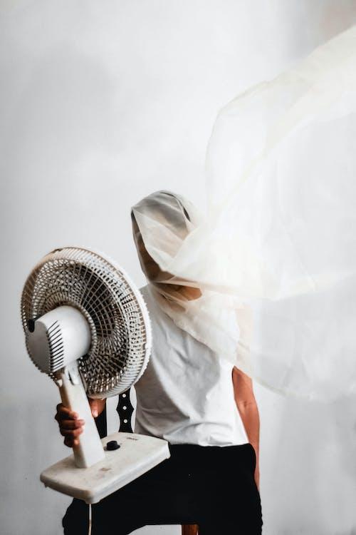 Бесплатное стоковое фото с белый, бриз, в помещении, ветер