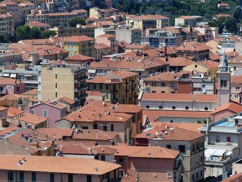 binalar, çatı, dam, geniş açılı çekim içeren Ücretsiz stok fotoğraf