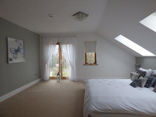 Photos gratuites de à l'intérieur, appartement, architecture, chambre
