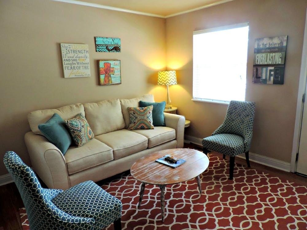 couch, drinnen, gemütlich