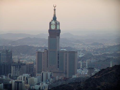 Foto stok gratis gedung menara, kota, langit, menara