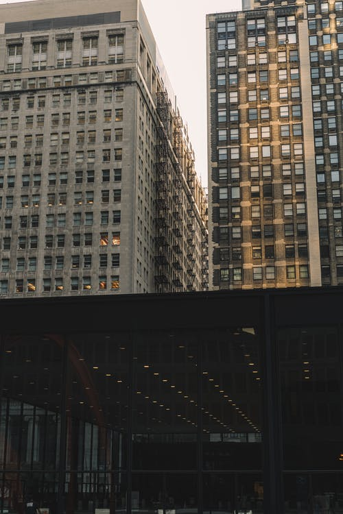 Foto stok gratis Arsitektur, bangunan, bertingkat tinggi, biro
