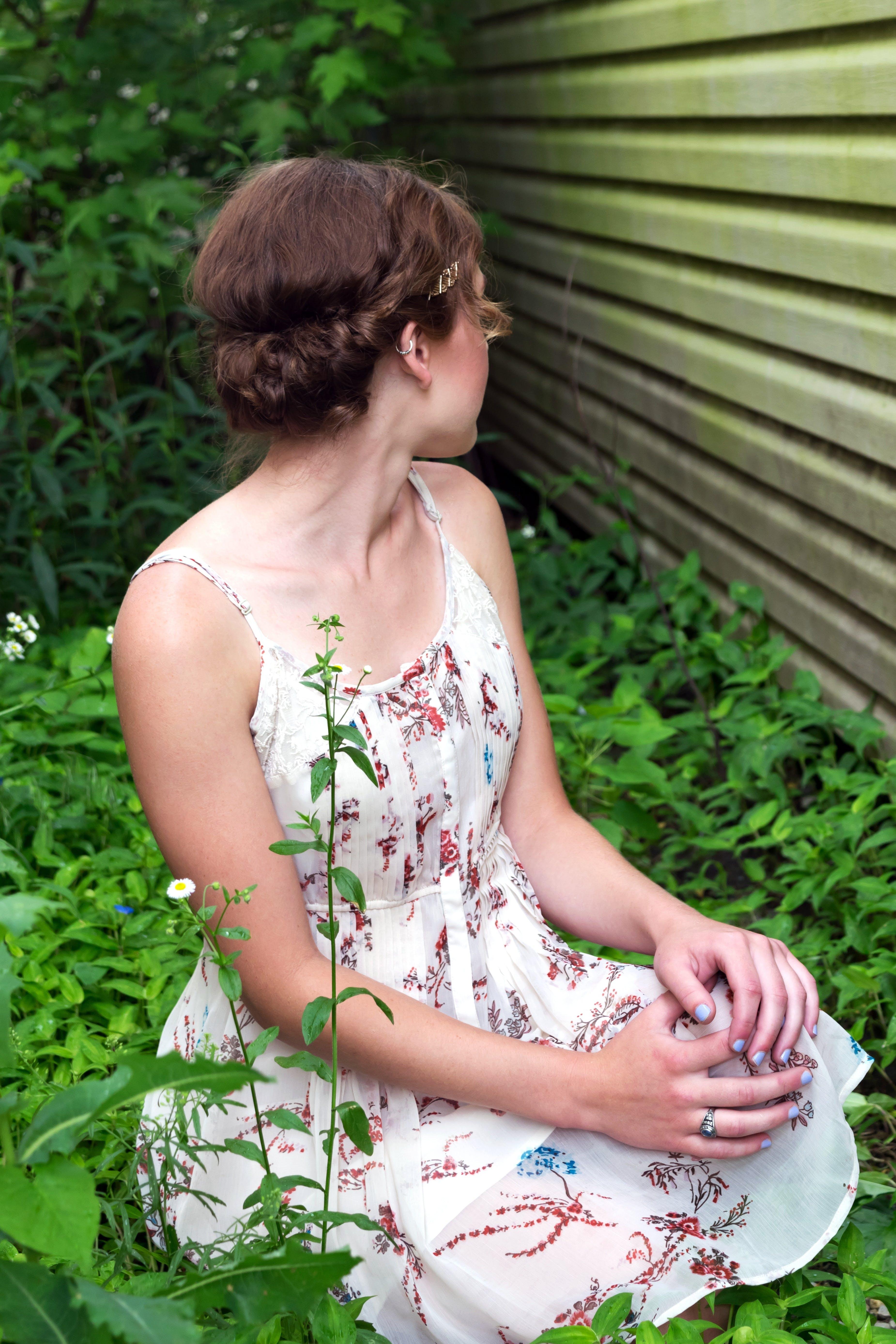 Free stock photo of alone, attractive, caucasian, dress