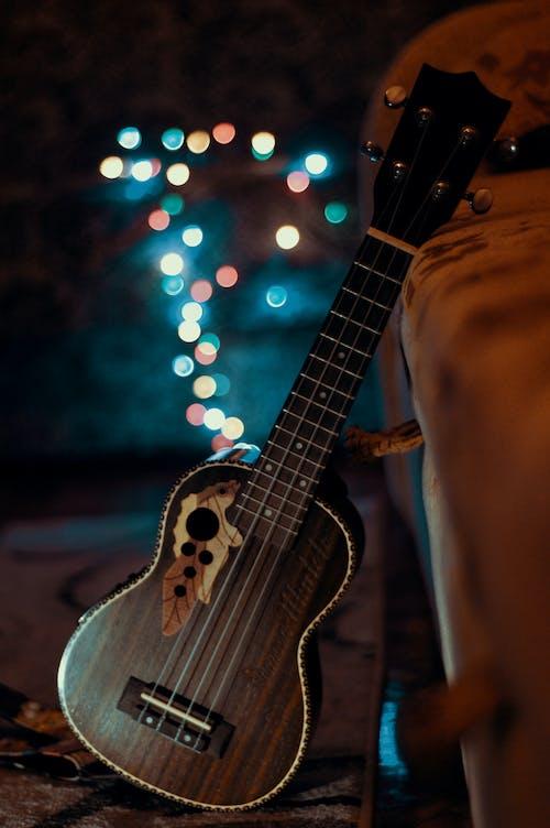 Immagine gratuita di acustico, arte, bokeh, chitarra