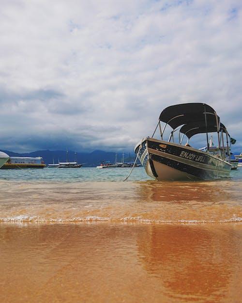 Δωρεάν στοκ φωτογραφιών με rio de janeiro, ακτή, αμμουδιά, βάρκα