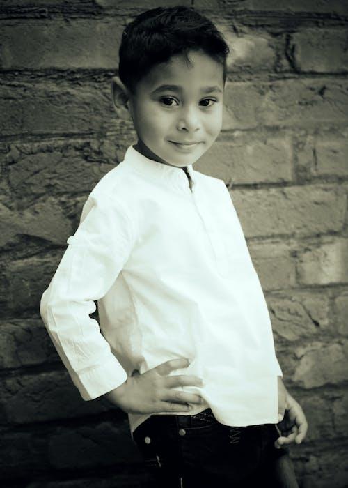 Ilmainen kuvapankkikuva tunnisteilla abner khurram, erittäin söpö vauva kuvia hd, lasten mekko, mustavalkoinen valokuvaus