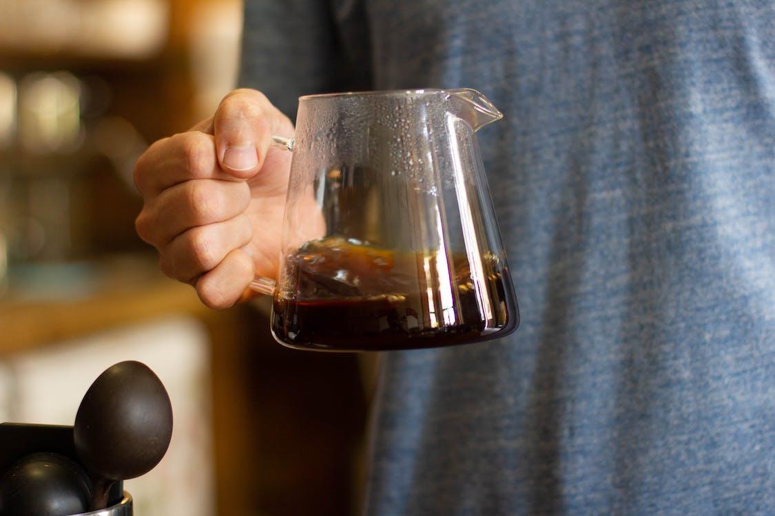 보케, 블랙 커피, 손